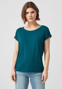 Q/S designed by - T-shirt print - blue green - 0
