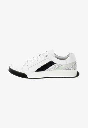 ALBEROBELLO - Sneakers laag - white