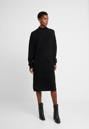 WOOL MIX DRESS - Pletené šaty - black