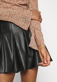 Missguided - DITSY MILKMAID SLIT CUFF - Blouse - multi - 4