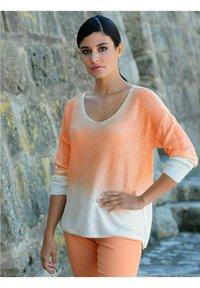 Alba Moda - Long sleeved top - off-white,pfirsich - 2