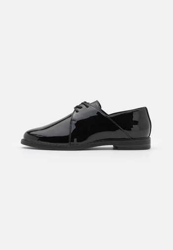 Oksfordki - black