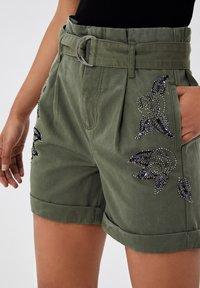 LIU JO - Shorts - sage - 3