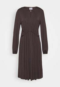 Marc O'Polo PURE - DRESS DRAPY DRAW FRONT DETAIL FEMININ SLEEVES - Jerseykjoler - mocca brown - 0