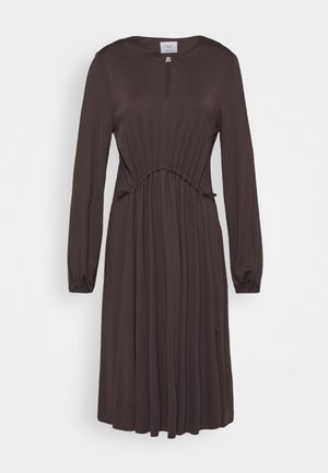 DRESS DRAPY DRAW FRONT DETAIL FEMININ SLEEVES - Jersey dress - mocca brown