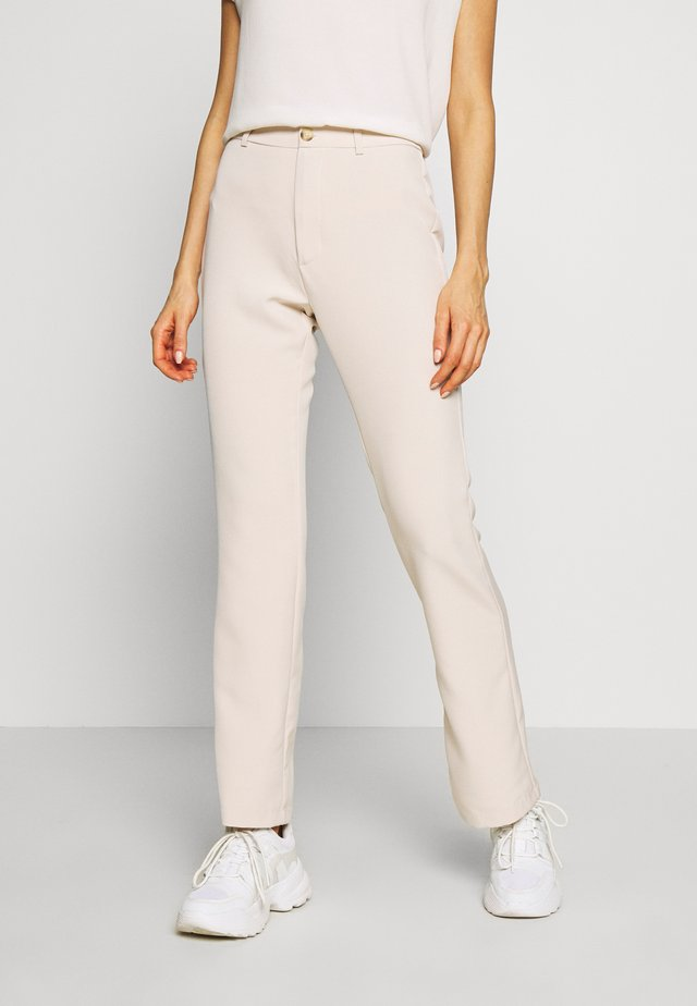 SASSY  - Pantalon classique - bone