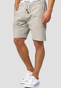 INDICODE JEANS - Shorts - mottled light grey - 0