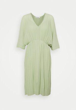 ANDINE DRESS - Denní šaty - fog green