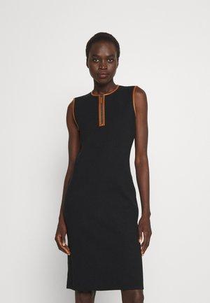 BRANDISSA SLEEVELESS DAY DRESS - Jumper - black/cuoio