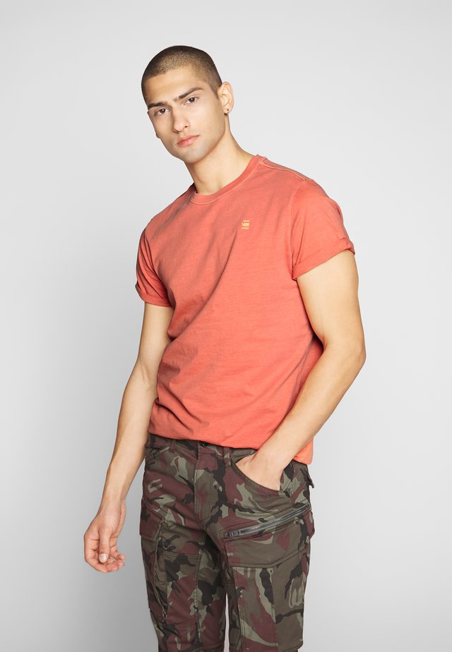 LASH - Basic T-shirt - orange