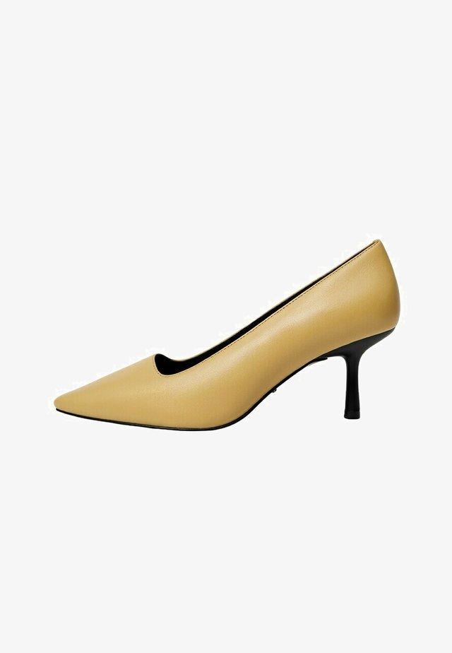 KIMI - Classic heels - vanille