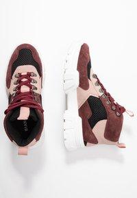 Bianco - BIACANARY HIKING  - Sneakersy wysokie - burgundy - 3