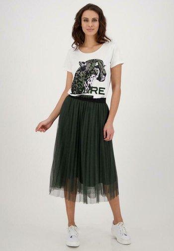MIT RUNDHALS UND STRASS-AUFDRUCK - Print T-shirt - weiß
