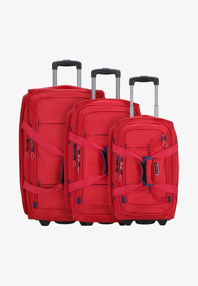 SET - Luggage set - red