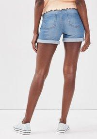 Cache Cache - Denim shorts - denim double stone - 2