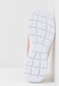 Skechers Sport - SUMMITS - Zapatillas - rose/white - 4