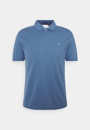 REFINED LOGO SLIM FIT - Poloshirt - blue