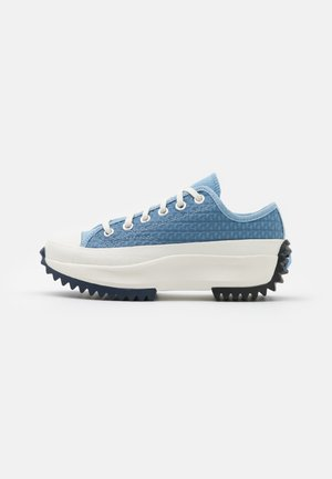 RUN STAR HIKE PLATFORM CROCHET TWIST UNISEX - Sneakers laag - midnight navy/egret/sea salt blue