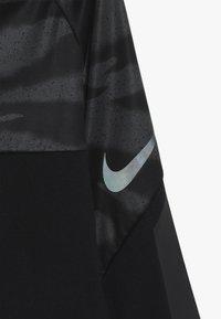 Nike Performance - Fleecová mikina - black/anthracite - 4