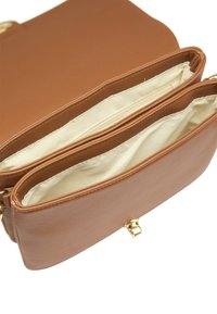 usha - Across body bag - cognac - 2
