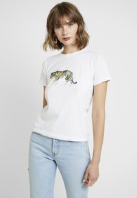 Topshop - TIGER & PANDA TEE 2 PACK - Print T-shirt - white - 2