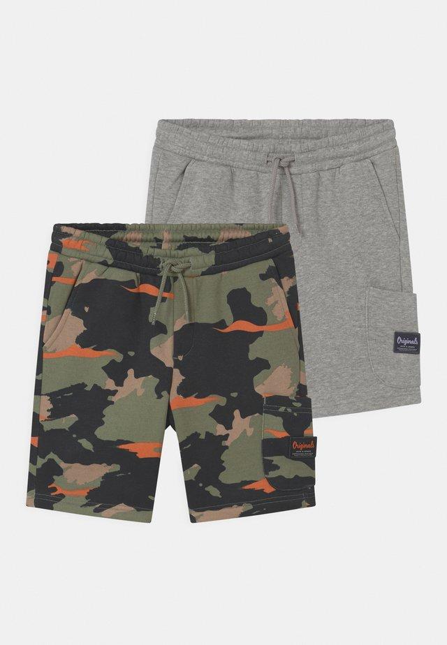 JJISTONE 2 PACK - Shorts - light grey melange
