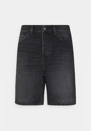 NEWEL MAITLAND - Denim shorts - black mid worn wash