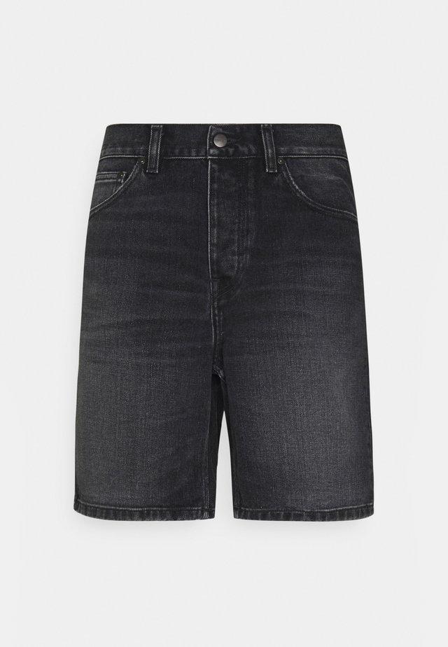 NEWEL MAITLAND - Shorts di jeans - black mid worn wash