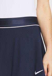 Nike Performance - FLOUNCY SKIRT - Sportovní sukně - obsidian/white - 5