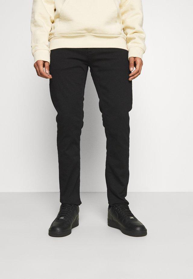 RAZOR - Jeans a sigaretta - black