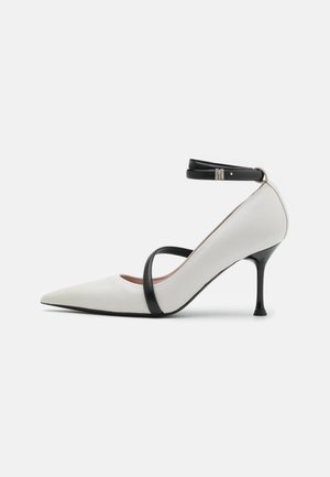 SCARPA DONNA WOMAN`S SHOES - Pumps - white