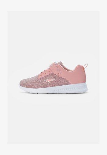 CALLES - Sneakersy niskie - frost pink metallic