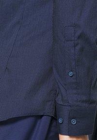 Esprit Collection - STICHT - Skjorta - navy - 4