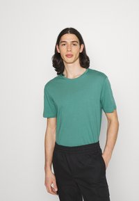 YOURTURN - 2 PACK UNISEX - T-shirt basique - white/green - 1