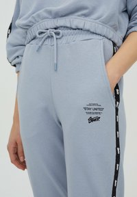 PULL&BEAR - Tracksuit bottoms - light blue - 3