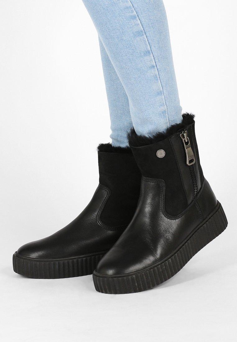 Pajar - CALINE - Kotníkové boty na platformě - black
