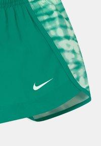 Nike Performance - DRY SPRINTER - Sports shorts - neptune green - 2