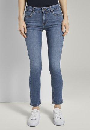 TOM TAILOR JEANSHOSEN KATE SLIM JEANS - Slim fit jeans - dark blue denim