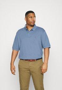 Tommy Hilfiger - REGULAR - Polo shirt - colorado indigo - 0