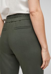 s.Oliver - Tracksuit bottoms - khaki - 4