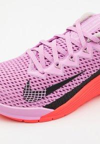 Nike Performance - METCON - Sports shoes - beyond pink/black/flash crimson - 5