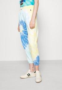 Polo Ralph Lauren - TDYE PO PANT ANKLE ATHLETIC - Tracksuit bottoms - multi-coloured - 3