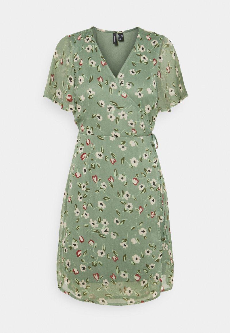Vero Moda Petite - VMKAY WRAP DRESS - Vestido informal - laurel wreath