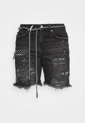 BANDANA PATCH AND PAINT SPLAT CUT OFFS - Jeansshorts - washed black