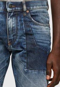 Diesel - D-STRUKT - Straight leg jeans - medium blue - 3