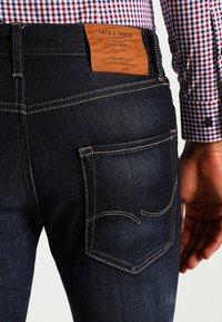 Jack & Jones - JJCLARK - Jeans straight leg - blue denim - 4