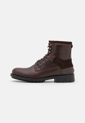 PATTON VI MID LEA M - Lace-up ankle boots - brown