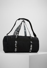 adidas Performance - ESSENTIALS 3 STRIPES SPORT DUFFEL BAG - Sportovní taška - black/white