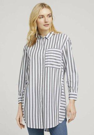MIT STREIFEN - Camisa - green vertical stripe