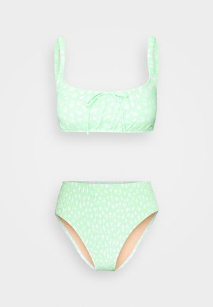 ROUCHED HIGHWAISTED CHEEKY BIKINI SET - Bikini - mint